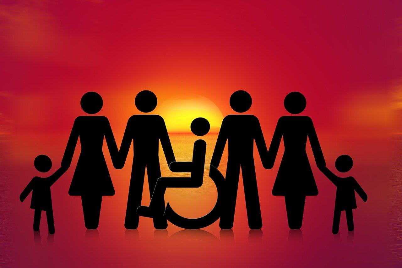 personnages et fauteuil roulant