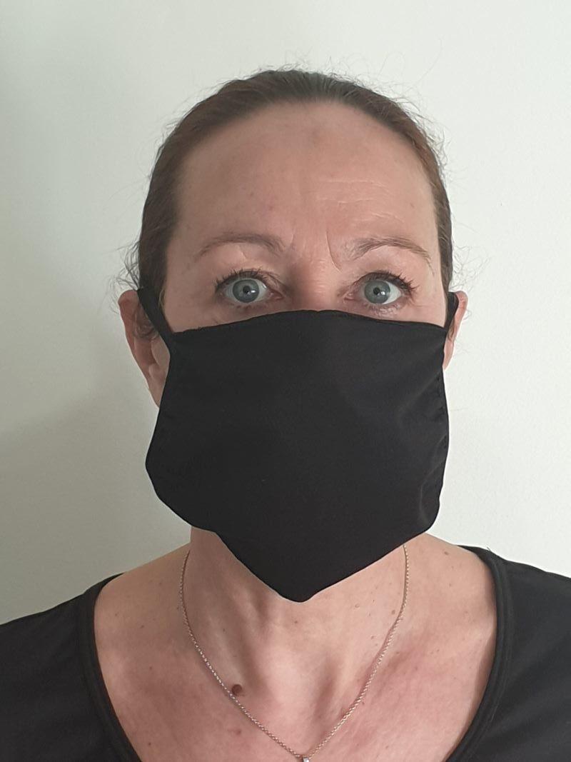 masque réutilisable noir face